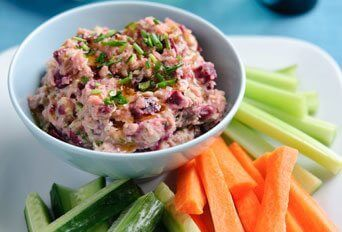 Beetroot & butterbean hummus