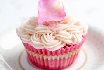 Beetroot & vanilla cup cakes with rose butter icing