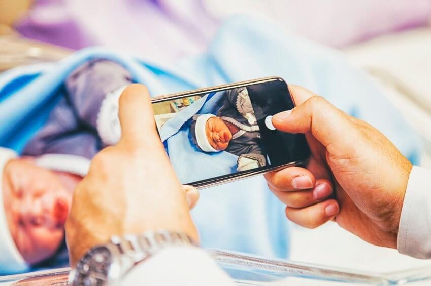 Photographing a newborn baby