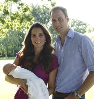 kate middleton holding baby with prince william