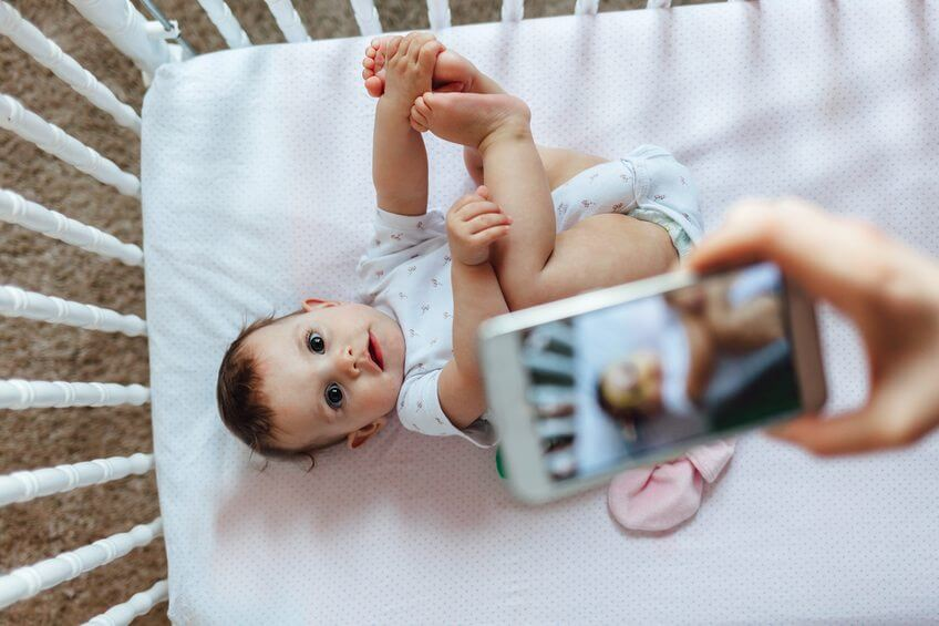 10 Tips for Taking Phone Photos of Your Baby