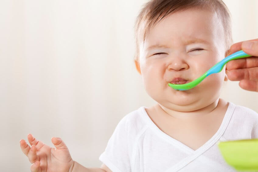 8 Ways to Get Your Baby to Try New Foods