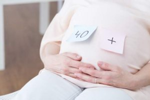 How Common is an Unplanned Pregnancy in Your 40s