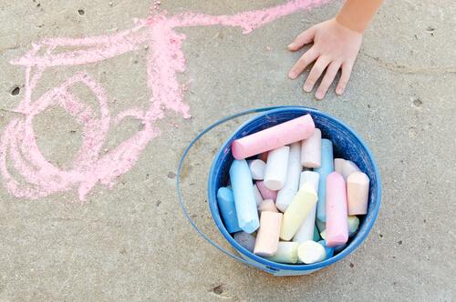 sidewalk friendly chalk