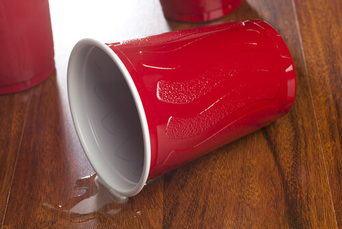 a fallen over red cup