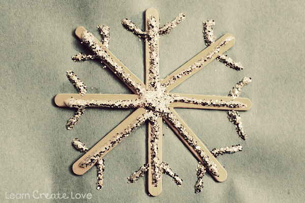 Easy Popsicle Stick Snowflake