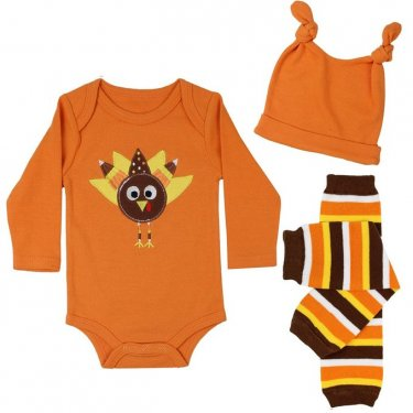 a baby clothes outfit