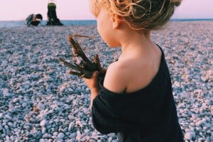 How to Photograph Your Infant or Toddler at the Beach