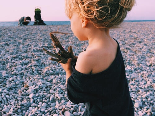 Taking photos of your infant or toddler at the beach? All you need is a smartphone and some know how.
