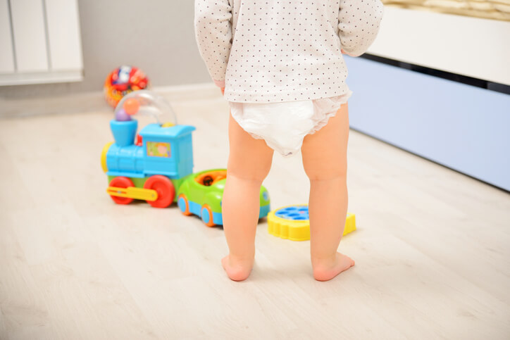 Baby walking in diaper