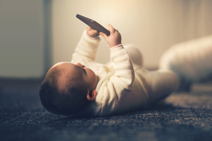 Toddlers and Touch Screens: Tips and Advice