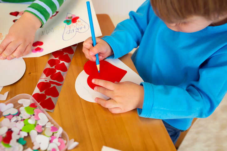 7 Easy Valentine's Day Crafts for Toddlers