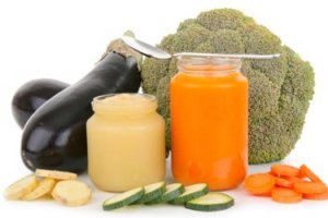 3 Healthy, Homemade Baby Food Recipes